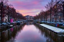 Zonsopgang in Amsterdam, Nederland royalty-vrije stock afbeelding