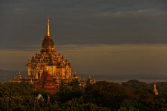 Zonsopgang in Bagan Stock Afbeeldingen