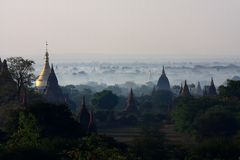 Zonsopgang in Bagan, Birma royalty-vrije stock foto