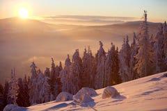 Zonsopgang in bergen Stock Fotografie