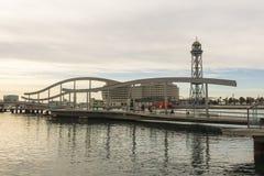 Zonsopgang bij de haven van Barcelona, aan het eind van Ramblas Staaf Stock Foto's