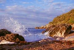 Zonsopgang bij de kust Stock Afbeelding