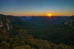 Zonsopgang bij het vooruitzicht van de govettssprong, blauwe bergen, Australië 12 stock afbeelding