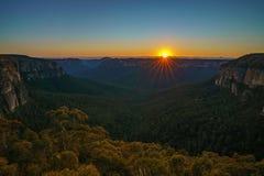 Zonsopgang bij het vooruitzicht van de govettssprong, blauwe bergen, Australië 26 royalty-vrije stock afbeelding