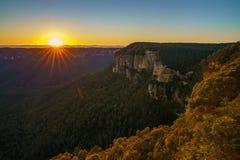 Zonsopgang bij het vooruitzicht van de govettssprong, blauwe bergen, Australië 36 royalty-vrije stock afbeelding