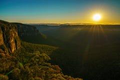 Zonsopgang bij het vooruitzicht van de govettssprong, blauwe bergen, Australië 84 royalty-vrije stock afbeeldingen