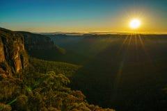 Zonsopgang bij het vooruitzicht van de govettssprong, blauwe bergen, Australi? 84 royalty-vrije stock foto's