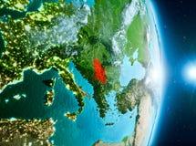 Zonsopgang boven Servië op aarde Stock Foto