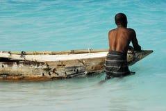 Zonsopgang die op het Eiland van Zanzibar vist Stock Afbeeldingen