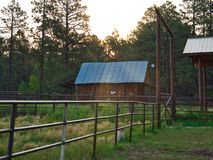 Zonsopgang in Echo Basin Corral stock afbeeldingen