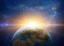 Zonsopgang, explosie, meteooreffect op aarde van ruimte vector illustratie