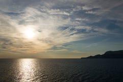 Zonsopgang in het Sardische overzees Royalty-vrije Stock Foto's