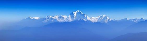 Zonsopgang in Himalayagebergte royalty-vrije stock afbeeldingen