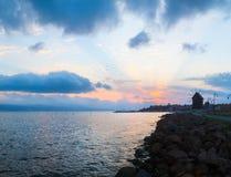 Zonsopgang op de kust van de Zwarte Zee Stock Afbeeldingen