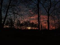 zonsopgang op een stoffige ochtend stock fotografie
