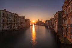 Zonsopgang op Grand Canal in Venetië Royalty-vrije Stock Fotografie