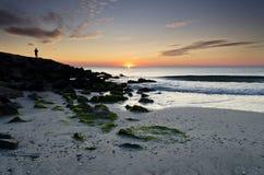 Zonsopgang op het strand in Pomorie Stock Foto's