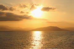 Zonsopgang op Ionische overzees De zomerdageraad Royalty-vrije Stock Afbeelding