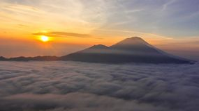 Zonsopgang op Onderstel Batur Bali Royalty-vrije Stock Foto's