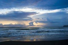 Zonsopgang op Strand in Costa Rica Royalty-vrije Stock Foto