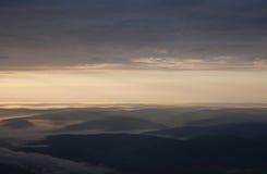Zonsopgang over de bergen Stock Foto