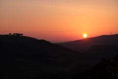 Zonsopgang over de heuvels van zuidelijk Italië Stock Afbeeldingen