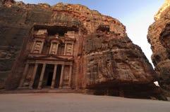 Zonsopgang over de Schatkist. Petra, Jordanië Royalty-vrije Stock Fotografie