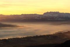 Zonsopgang over het meer van Zürich Stock Afbeeldingen