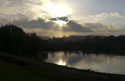 Zonsopgang over rivier Royalty-vrije Stock Afbeeldingen