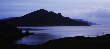 Zonsopgang over Schotse Loch Stock Foto