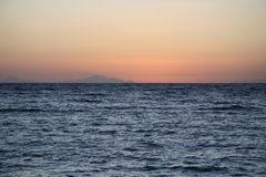 Zonsopgang, overzees, Tiran-eiland, Egypte, Afrika Royalty-vrije Stock Fotografie