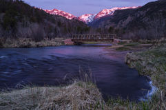 Zonsopgang in Rocky Mountain National Park en Groot Thompson Riv stock foto's