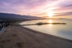 Zonsopgang in Santa Barbara, Californi? Oceaan en Mooie hemel op Achtergrond stock foto