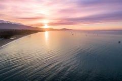 Zonsopgang in Santa Barbara, Californi? Oceaan en Mooie hemel op Achtergrond stock afbeelding