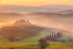 Zonsopgang in Toscanië Royalty-vrije Stock Foto's