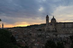 Zonsopgang in Urbino royalty-vrije stock foto's