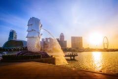 Zonsopgang van de horizon van Singapore De zaken van Singapore ` s distric op bl royalty-vrije stock foto
