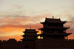 Zonsopgang van de Toren van de Pas Jiayuguan stock afbeelding