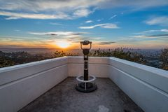 Zonsopgang van Griffith Observatory royalty-vrije stock afbeeldingen