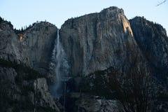 Zonsopgang in Yosemite-Dalingen Stock Afbeeldingen