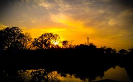 zonsopgang of zonsondergang stock afbeelding