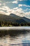 Zonsopgangzonsondergang op Colorado Rocky Mountain Lily Lake Stock Foto