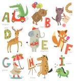 Zooalfabet för barn Uppsättning av bokstäver och illustrationer Gulliga djur stock illustrationer