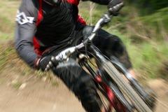 Zoom della bici di montagna Immagini Stock