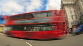 Zoom Stadt-Verkehrs-Zeitspanne-Londons Fisheye stock footage