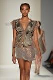 Zoon Bleke Jung - de Modeshow van New York Stock Afbeeldingen
