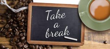 Złożony wizerunek zielona filiżanka kawy Fotografia Royalty Free