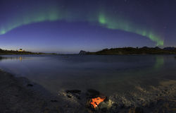 Zorza Borealis na plaży zdjęcia stock