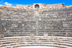Zostawać rzymski miasto Dougga z Capitol, Tunezja fotografia stock