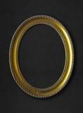 Złota owal rama na czarnym tle Obraz Royalty Free